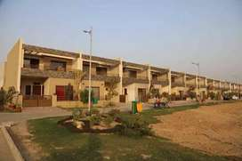 building wel flurnished in hajipura .earning 2 lack rent every month