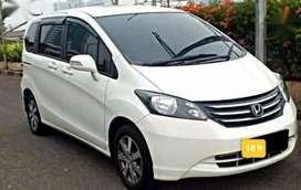 Honda Freed PSD Type Terlenglap putih 2010 PROMO