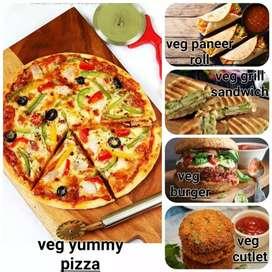 Pizza burgar sendvich katlet bnane wale kushal karigar ki aavsyakta h.
