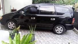 Hyundai Trajet 2001 AT hitam