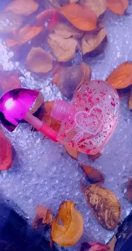 Lip gloss pink lips