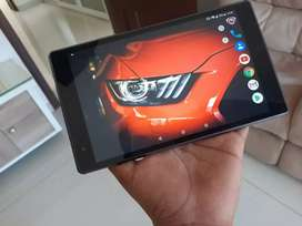 Lenovo Tab4 8 Inch Gaming Tab NO SCRATCHES ON SCREEN
