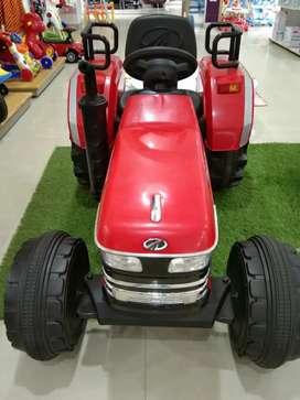 Mahindra Kids ride on  tractor New branded( own Mahindra brand)