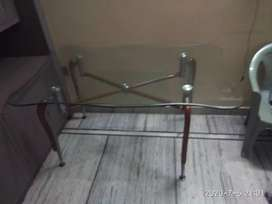 Dining table ( glass )