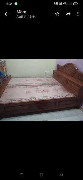 Sekhua strong long-lasting Bed