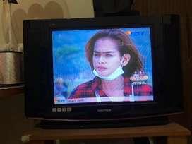 Tv tabung polytron