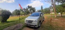 Innova V Diesel A/T 2012