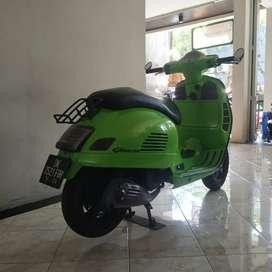 Vespa GTS thn 2014 ss lengkap pajak off 1x / Bali dharma motor