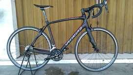 Roadbike Specialized Roubaix Sport SL4 Carbon 100% Ori Istimewa