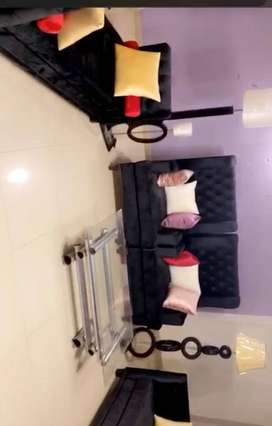 Furnished room available in a luxuriously furnished apartment