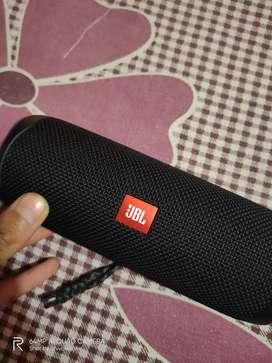 JBL speaker flip 5 new condition only 10 days old