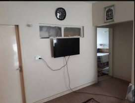 Lucky Centre Flat available for rent