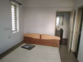 Aluva desham 3 bhk semi furnished flat for rent703.4.04.8.7.seven one