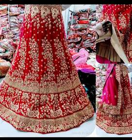 Hole sale price lahenga and jeweller available