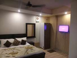 HOTEL short stay 2000 & Night 3000 luxury  bed rooms & weekly 15000