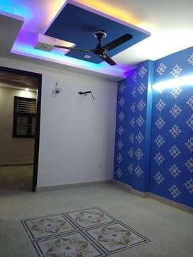 3BHK FLOORS AT UTTAM NAGAR WEST