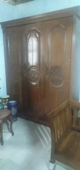 Di jual lmari kayu jati 3 pintu