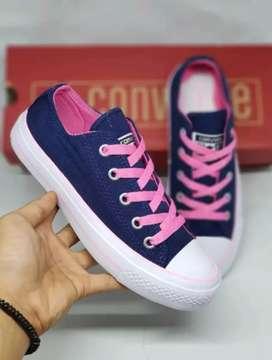 Sepatu Converse All Star Wanita