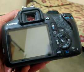 Canon 1300d with kit lens and box