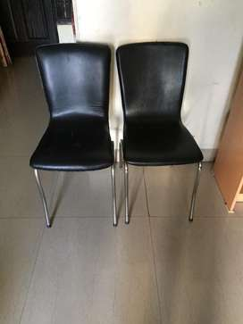 Chairs in black design for office