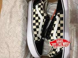 Vans old skool lite bw checkerboard size 40