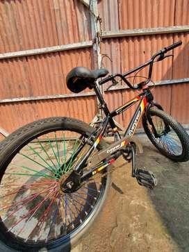 Sepeda BMX Murmer