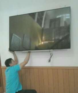 pasang dan jual bracket buat tv led lcd gantung di tembok nyaman kuat