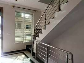 BEAUTIFUL HOUSE FOR SALE IN G13/1 SECTOR