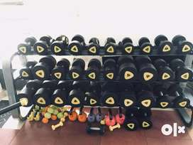 We deal in all types of fitnes or gym  equipment