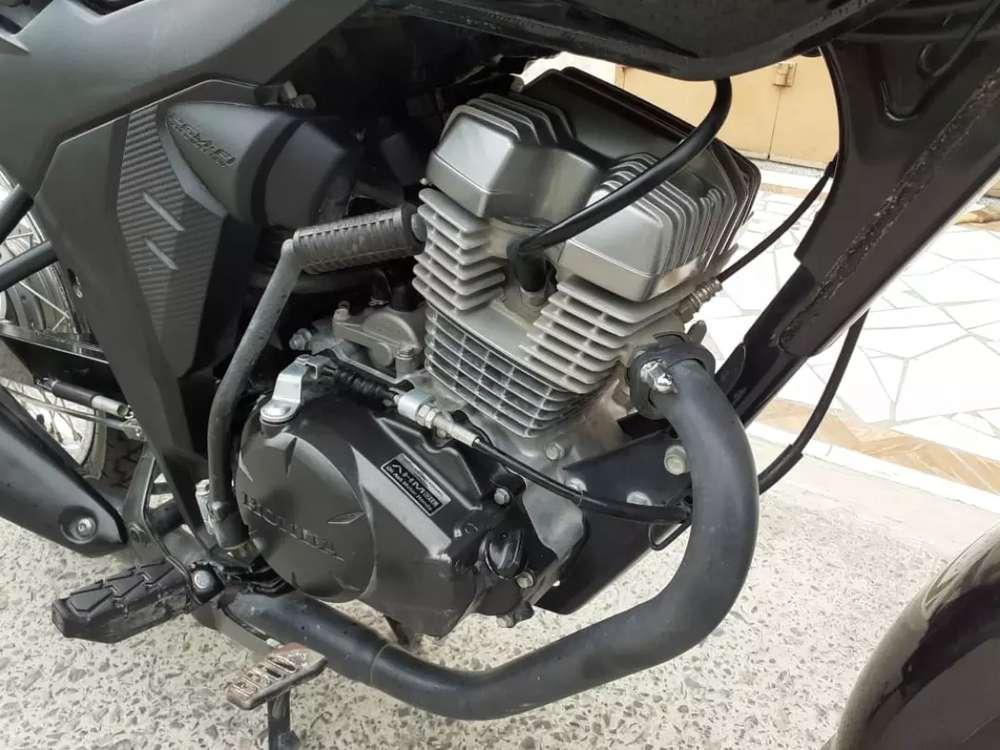Honda CBVERZA 150 Hitam Tahin 2018 Mentah Pajak Hidup