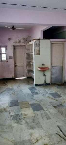 Rooms for rent near relaince Moti khavdi jamnagar