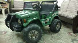 Double kid sitting, Double Speed & Motor Double Battery Operated Jeep