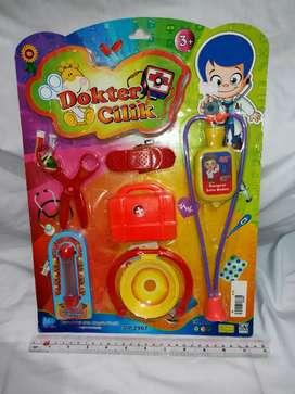 Mainan anak peralatan dokter cilik