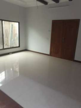 Ist floor for rent only for female s at univsity town
