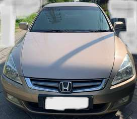Honda accord 2004 automatic