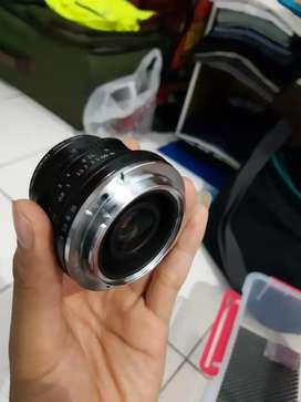 Lensa Fix Bokeh 7Artisan 32 mm / f 1.2