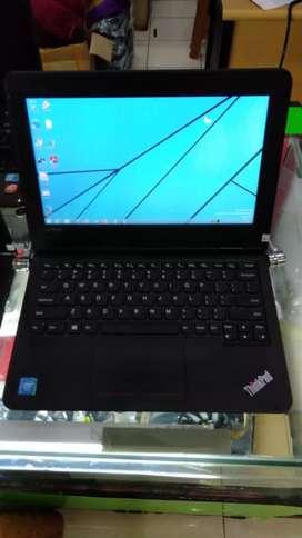 Lenovo x11e ram 4gb SSD 128