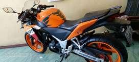 cbr 250 abs respol th 2013 motor orisinil mesin bagus bersih type ABS