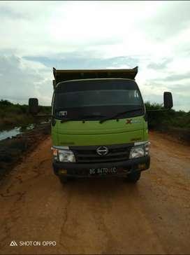 Hino Dutro Dump Truck tahun 2018