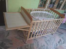 Babyhug cot with cradle