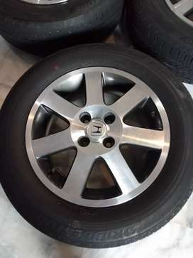 Honda civic vti rims and brand new tyres