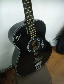 Acoustic Guitar with amazing sound quality , Fixed price