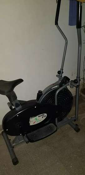 Excellent condition heavy-duty elliptical crossfit trainer for sale