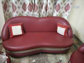 3 Sofa set with center table in very good condition