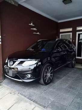 Nissan Xtrail 2.0cc th 2015 atas nama sendiri