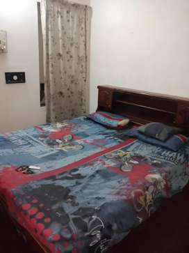 Furnished room in a furnished flat