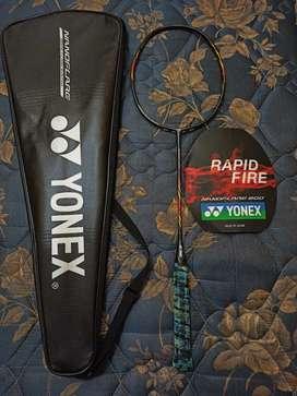 Raket Badminton Yonex Nanoflare 800