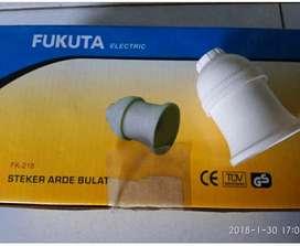 fiting lampu gantung merk fukuta