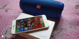 iphone 6 64gb gold+ Free JBL charge 3 speaker both things are like new