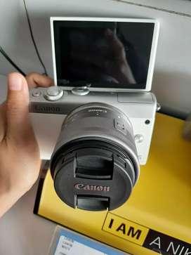 Canon EOSM100 EF15-45/WH
